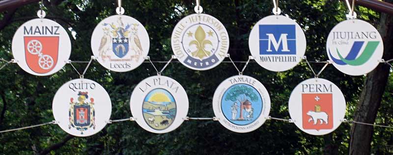 louisville-kentucky-sister-city-signs